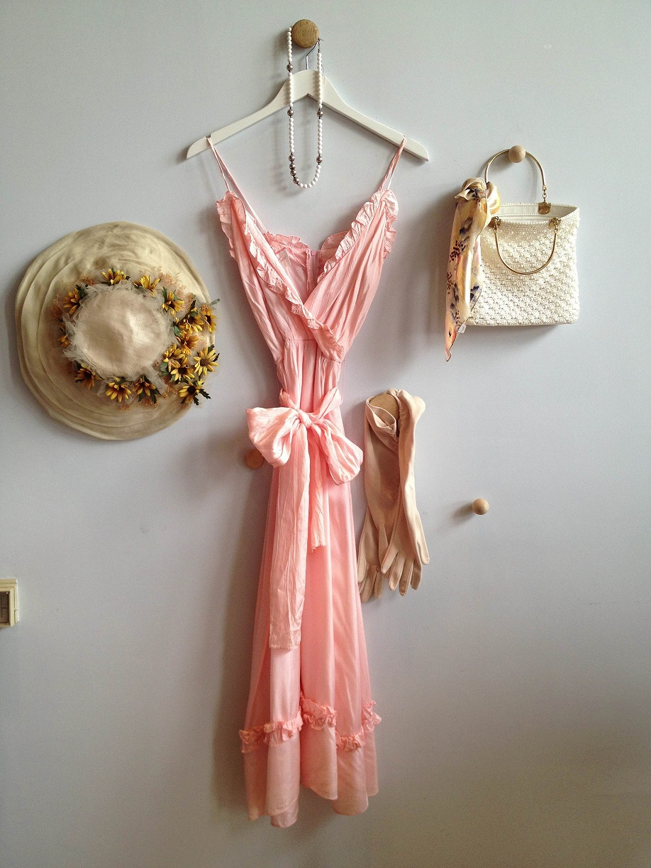 pinkdress